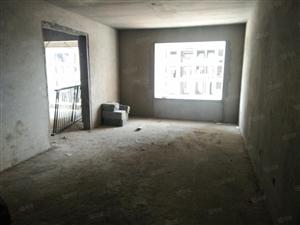 上海印象3室2厅1卫125平方18楼首付27万余款30万可以