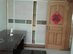 东城安泰北区150平4室2厅3楼精装修,拎包入住