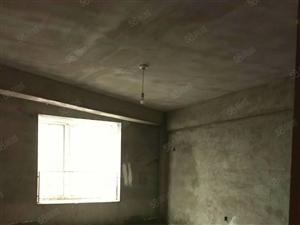 三室两厅儒林商都毛坯,经典户型,采光好,户型方正。