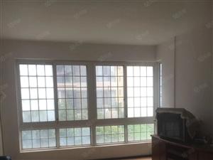 天鹅广场香格里拉精装大三房137平家具家电齐全仅1500每月