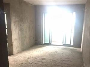 江北繁华地段77平两房毛坯出售中等楼层随时看房看房