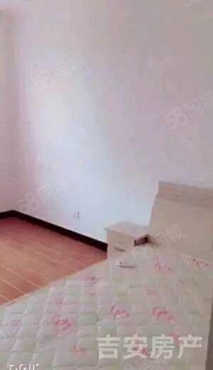 龙溪水岸3室2厅,精装修,南北通透,拎包即住。