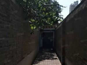 西关东街小学内独院出租