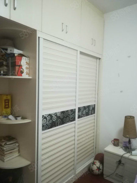 白鹤山庄2房2厅拎包入住!优惠价格!