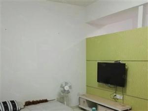 东城国际小两房出租,位于蕉城东桥区,靠近南岸北岸!