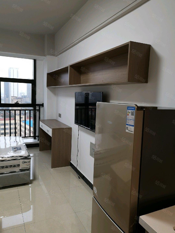 金泰华府精装一室拎包入住出租全套家电齐全有钥匙随时看房
