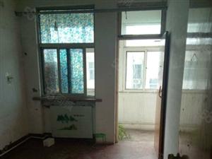 39中东农村信用社3室2厅