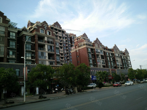 铅山狮江壹号67复式楼精装修带家具家电出售F517