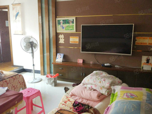 东山学校旁精装四房,带杂屋,家具电器齐全,诚售!如意房产
