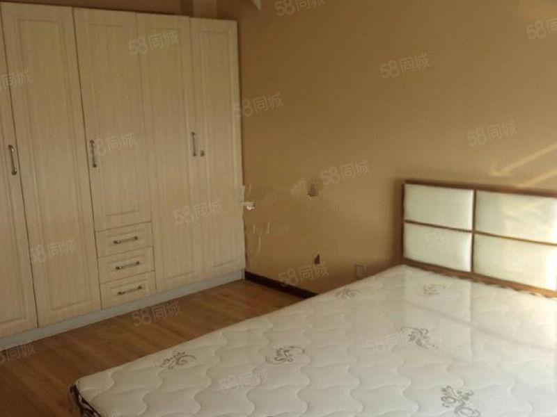 凌河海锦公寓,精装修两室,附中附近,可陪读,干净整洁