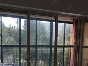 星球欧洲城邦三室两厅精装修仅2000/月