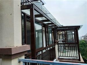 阜南春晖苑3室2厅2卫顶楼复式送阁楼有钥匙看房方便急卖