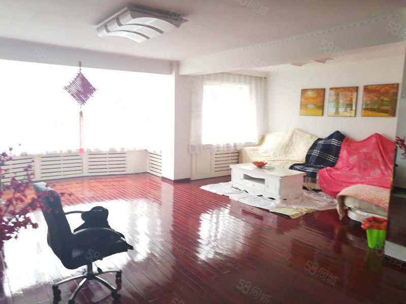 [好来屋地产]东湖附近金波源3室2卫146平送阁楼满五唯一