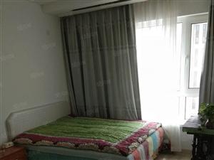 铂宫29楼精装修地暖赠送家具家电不临街不冷山无大税