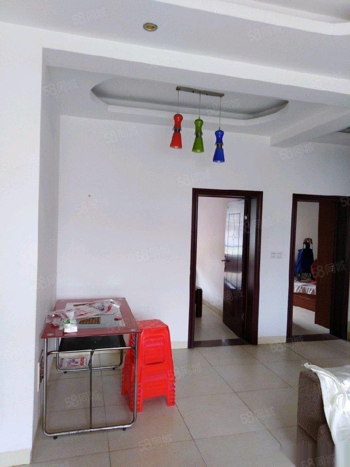 翡翠绿洲二期3室1厅1卫