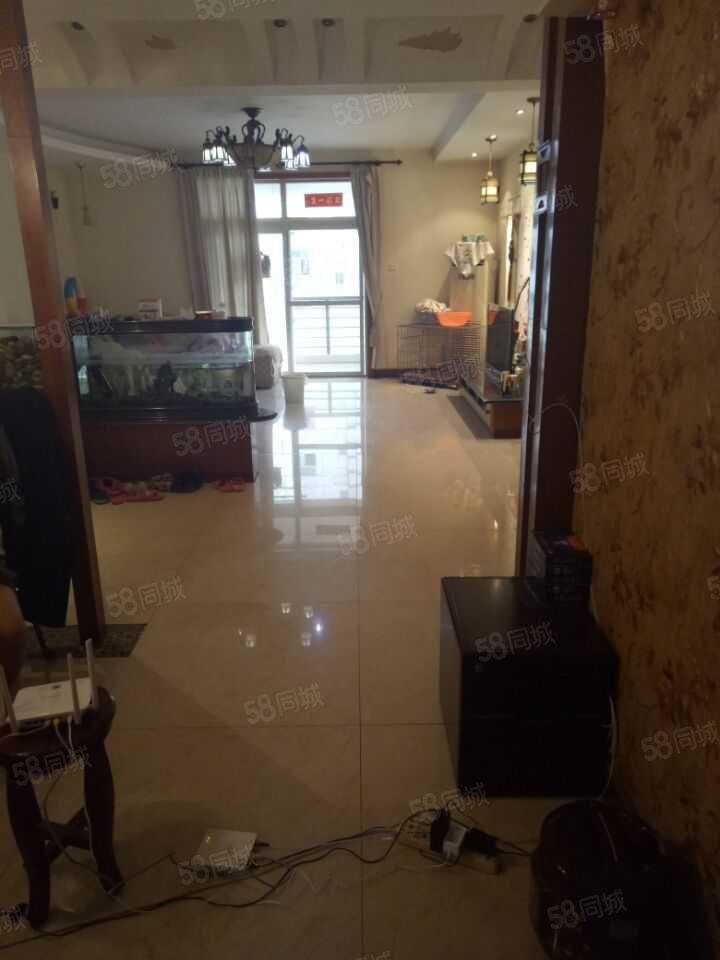亚星盛世家园多层2楼精装修210万拿下业主诚心出售