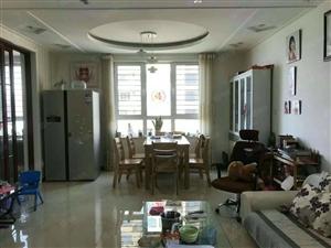 滨江豪庭3室两厅精装修有储证满2年