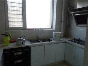金融小区精装修4室2厅2卫送家具