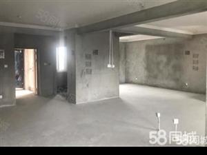 张庄高速旁城西海棠花园假二楼满两年毛坯3房送车库