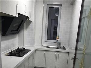 紫城秦皇半岛两居室家具家电齐全,包物业暖气,看房子方便