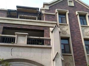 河东区伊丽莎白别墅432平,毛坯东边户,走一手350万