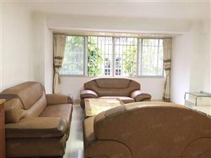 龙腾中路西湖园首付仅需37万大三房出售价格美丽