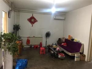 红星路红星新苑134平三室送储