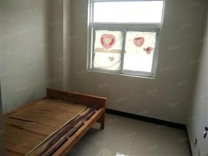 教师新村多层3楼3室中等装修106平有自行车库56万