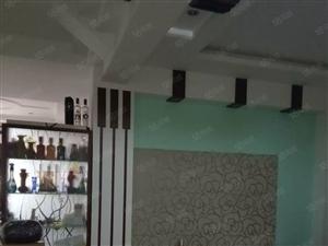 菱湖公寓门面一间加二楼套房总面积158.36平方证齐105万