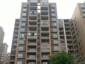 光谷东郡大两房,中高楼层,南北通透,离地铁奥特莱斯近!
