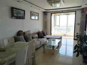 北城恒泰国际2室2厅90平米简单装修半年付