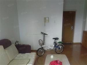 西城片区80平精装南北7楼2房1500元/月同德广场