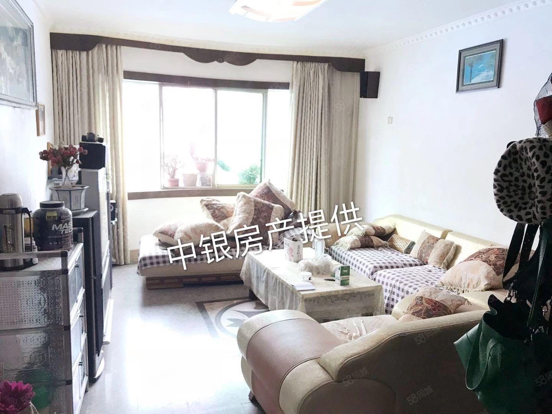北门九莲小区、装修三房单价5千多、非顶楼、满两年可以按揭