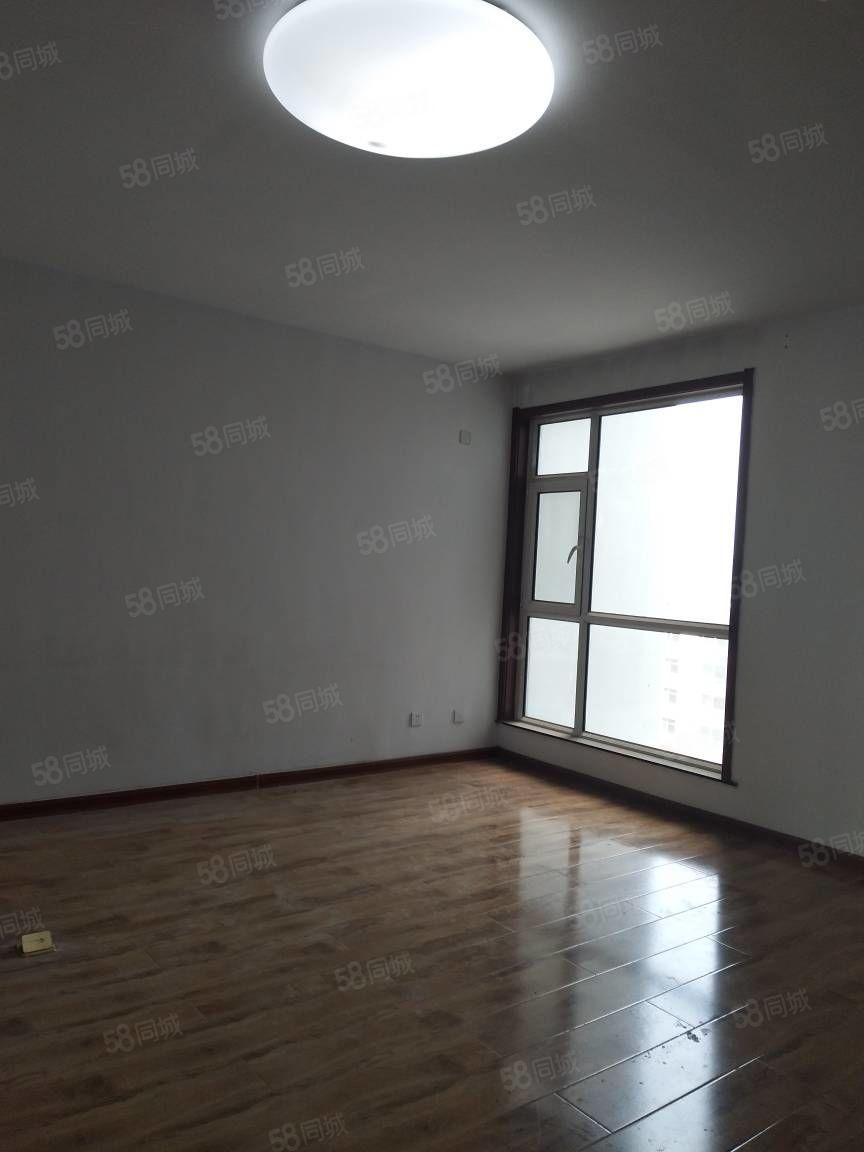 出租凤凰苑132平米3室2厅2卫电梯房简单装修