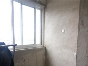 凤凰假日2室电梯房毛坯出售,有证可贷款随时看房