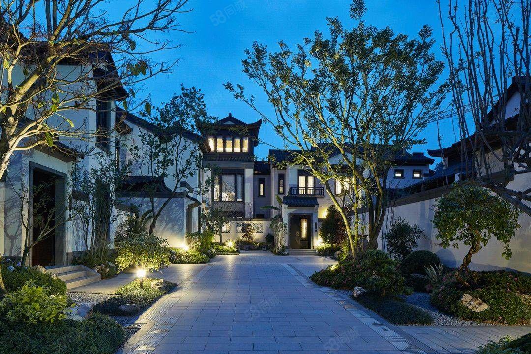 绿城桃李春也是最容易下手风中式小院,新中式≡别院精装修ㄨ,总价350万起!