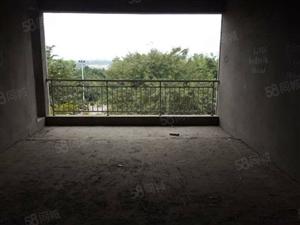 泸县万福背后3室2厅2卫127平米,三楼,河边上