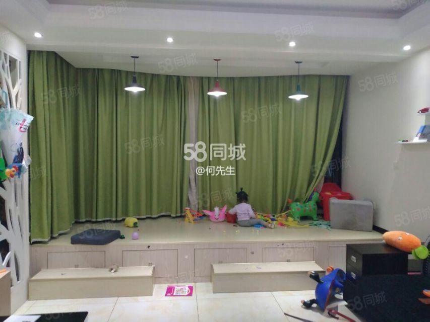 玉龙县一中附近清和苑3室精装修家具家电齐全