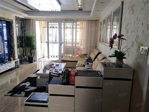 精装修,3室2厅2卫1阳台,家具家电一起卖..房东诚心售出