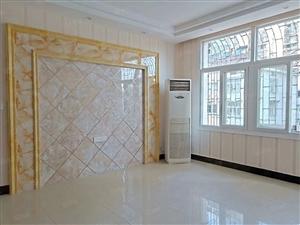 世博酒店对面建行小区,3室2厅2卫。送33平方车库,机会机会