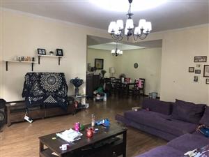 名居家园精装修136平3房2厅2卫