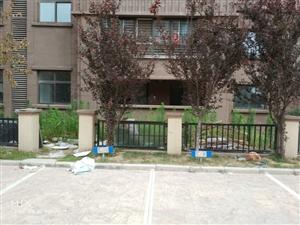 高层一楼带院金澜世家1楼91平+90平半地下室+80院子