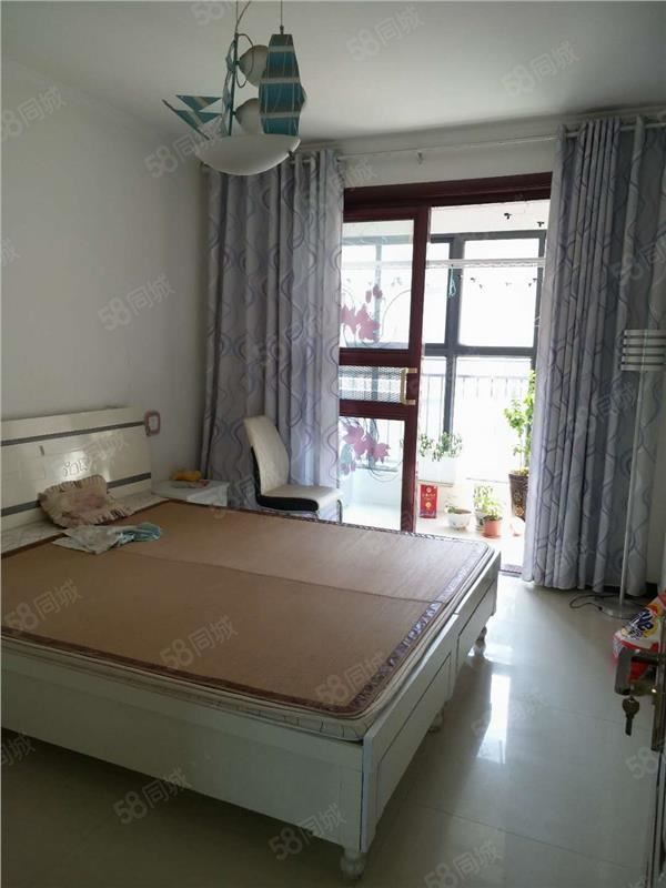北辰桂园精装修大3房家具家电齐全拎包入住看房联系我吧