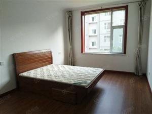 开莱国际社区简装3室2厅2卫新装修适合办公另有车库