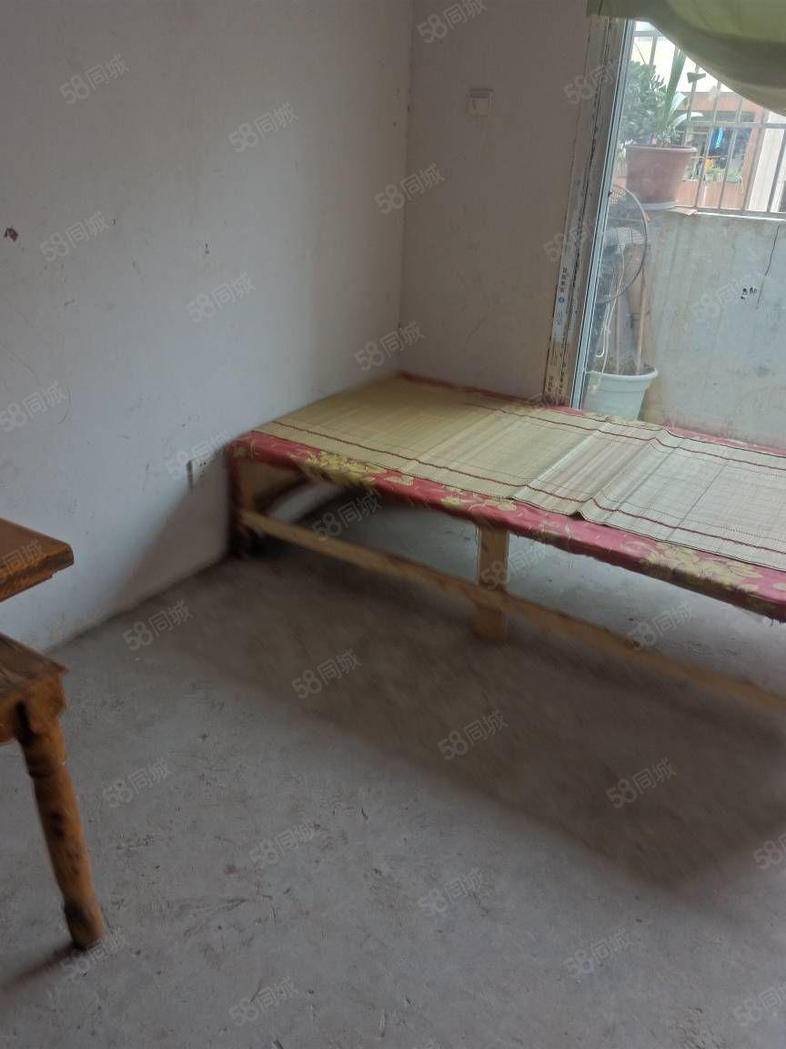 陶家湾1室出租,208一个月