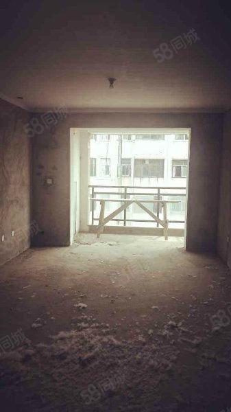 锦绣天成有证满二可按揭多层四楼南北通透随时看房