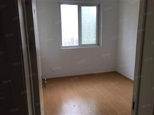 美高梅注册泊景城2室2厅边户简单装修87平米36万产证齐全