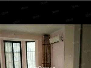 锦龙国际3室2厅精装修家具家电水电煤暖1500元还有车库另议