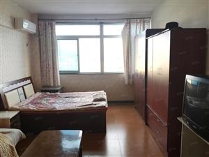 德胜商圈菁华公寓家电齐全拎包入住南向精装一居室出租