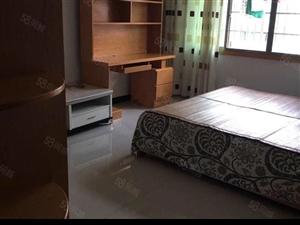 十一中旁边房装修漂亮。价格实惠,离柳子中学近
